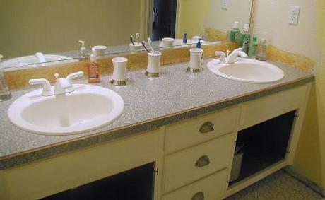Renewing laminate vanity countertops with a fresh coat of - What kind of paint do you use in a bathroom ...