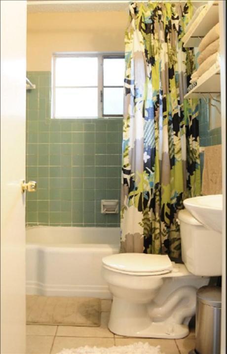 oldbathroom1
