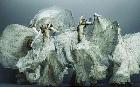 Alexander-McQueen-Savage-Beauty