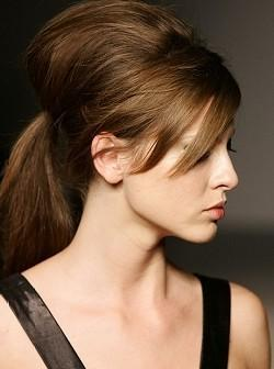 http://7beautytips.com/keeping-up-with-fall-trends-ponytails/