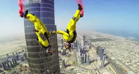 burj-khalifa-insane-base-jump