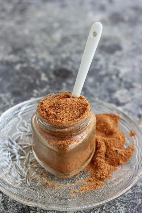 CHAAT MASALA (HOT & TANGY SPICE MIX)