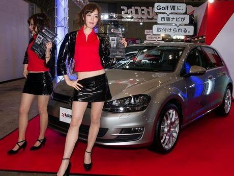 Girls of Tokyo Auto Salon 2014