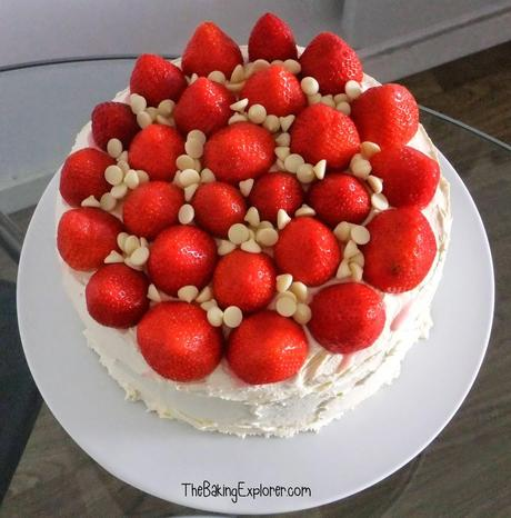 Strawberry & Vanilla Cake
