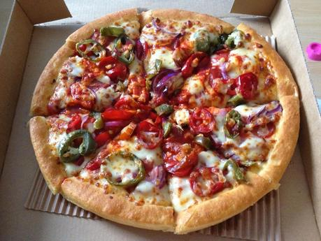Today's Review: Pizza Hut's X-Tremely Hot Meaty Pizza