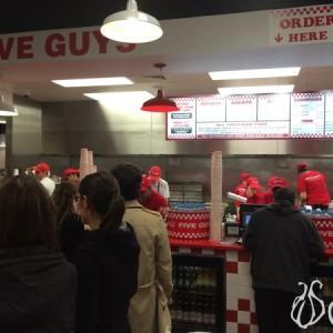 Five_Guys_Burgers_London09
