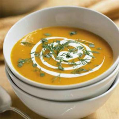 http://recipes.sandhira.com/carrot-ginger-soup.html