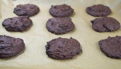 Chocolate & Hazelnut Cookies (#Vegan, #LowGL, #Glutenfree)