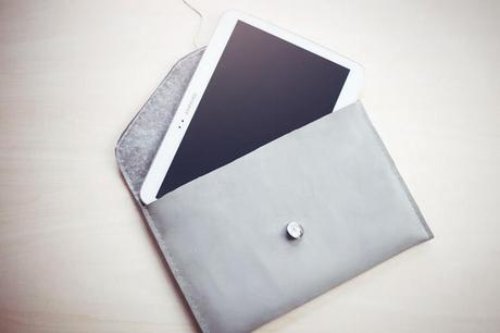 This DIY tablet case is the perfect little protective accessory to add ...