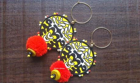 Accessories Love #15 - Pom-Poms from Girlthinks.com
