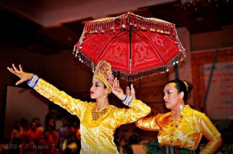 Singkil Dancer 3