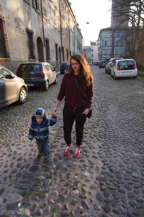 wiw, what I wore today, #wiw, #wiwt, mom style, mom street style, real mom street style,#mystyle, Italian mom fashion, mom fashion, momtrends, #momtrends, #momstyle, style ideas for moms, fashion suggestions for new moms, how to dress for a daytrip, how to dress in italy, Dressing for the Italian spring, what to pack for a trip to Italy, what to pack for Italy Spring, dressing for April, dressing for may, should moms dress up, should sahm dress up, should stay at home moms dress-up. wahm, #wahm, wahm fashion, sahm fashion