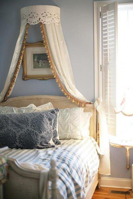 Tips On Creating A French Country Style Bedroom Paperblog