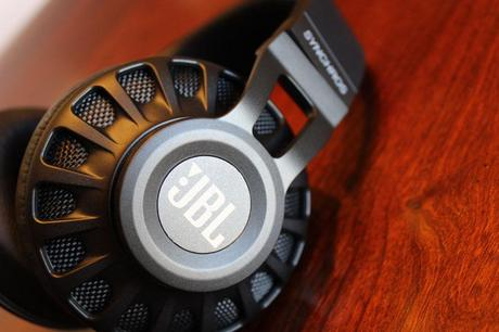 S&S Tech Review: JBL Synchros S700