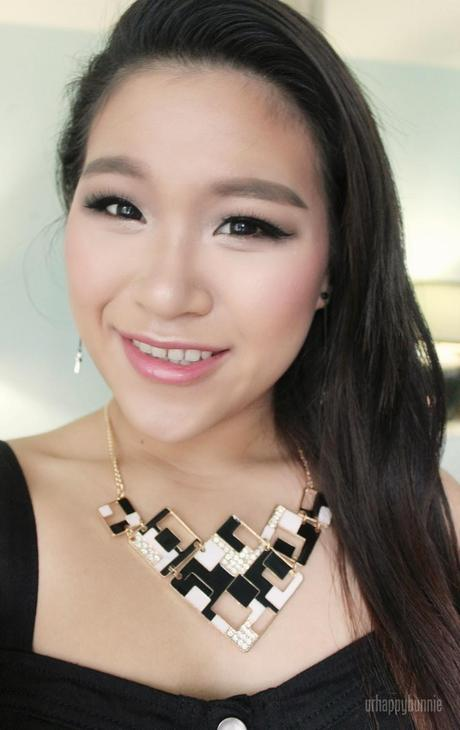 Dress Lily Accessories and Sexy Date Night Makeup Look