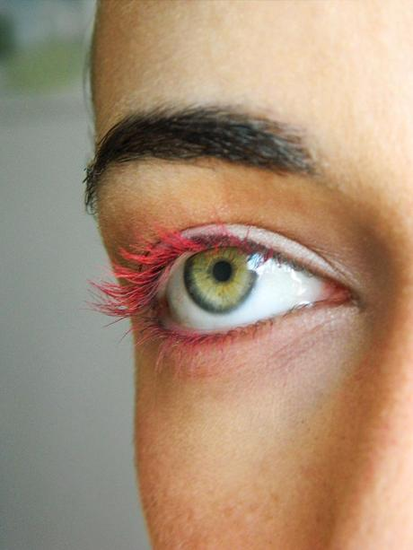 DIY Colored Mascara How-To (2 Different Ways)