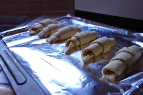 Recipes: 2 Step - Chocolate Croissants *