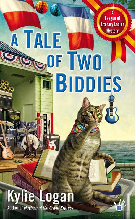 Review: A Tale of Two Biddies by Kylie Logan