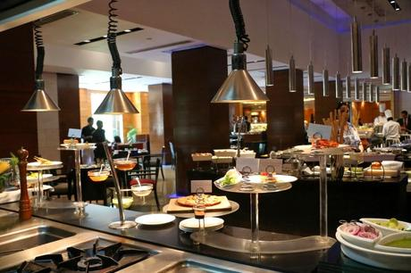 A lavish spread at New York Café(NYC), Sunday Brunch at Radisson Blu Plaza, Mahipalpur