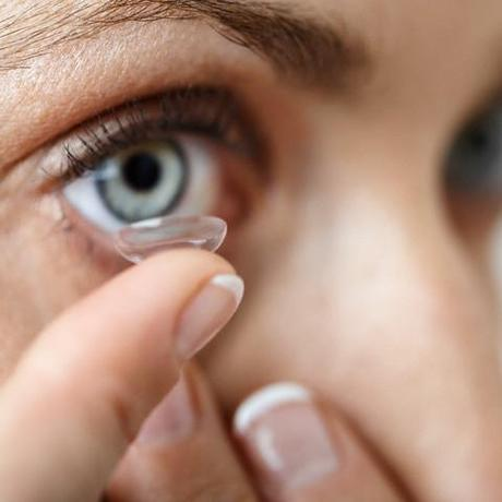 unhygenic contact lens causes infection