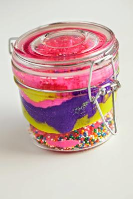 Now Trending: Cupcakes In A Jar