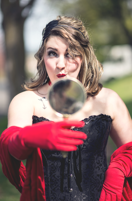 Melissa: Circus, Circus