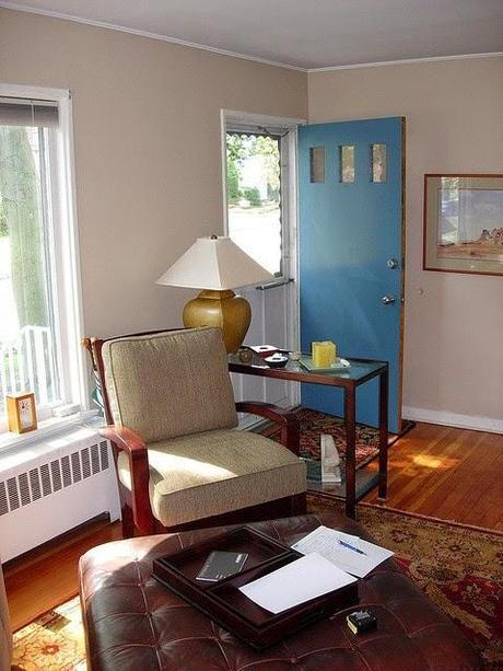 Answering Your Questions Part 3: How to Deal With a Front Door That Opens Into The Living Room