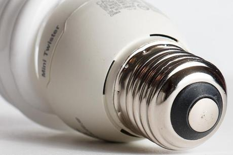 CFL reduce energy cost