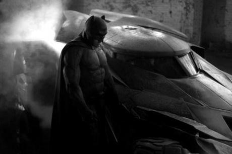 zack-snyder-reveals-first-look-at-ben-afflecks-batman-and-the-new-batmobile-162776-a-1399998092