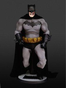 frank_miller_batman_1_6th_scale_figure_by_rocco_by_roccosculptor-d5io3kf