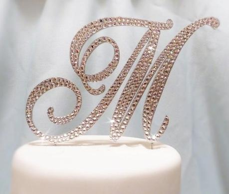 monogram letters wedding cake toppers 5 beautiful monogram wedding cake toppers paperblog 5996