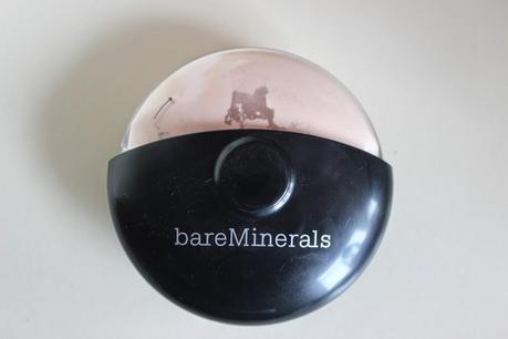 REVIEW: bareMinerals Limited Edition 15th Anniversary Mineral Veil Finishing Powder