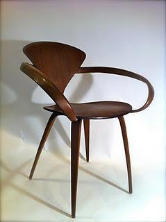 """Love at First Sight: George Nelson's """"Pretzel"""" Chair"""