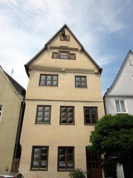 Cute HOUSE Overload - the charming medieval homes of Germany's Romantic Road