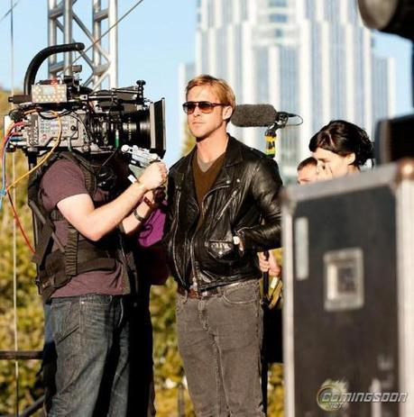 Ryan Gosling and Rooney Mara on the set of their new movie Lawless Terrence Malick film Lawless 550x554 FUN FUN FUN FEST 2011 [AWARDS]