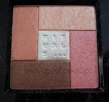 Product Reviews: Rituals: Rituals Sun Glow Cheek& Eye Glow Palette in Peach Swatches & Review