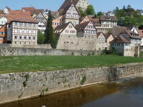schwaebisch hall houses castle wall