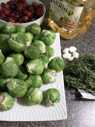 Roasted brusselsprouts & grapes - Ingredients