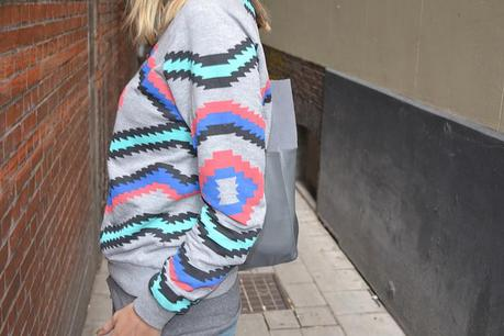 New in sweaters Nevajo