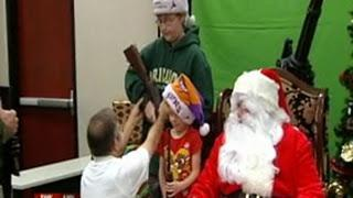 Arizona Gun Club Offers Santa With a Gun - It's For the Children