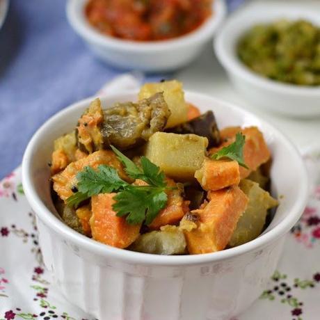Panch Phoron Tharkari (Mixed Vegetable Curry with Panch Phoron)