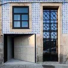 Renovation in Porto by OODA