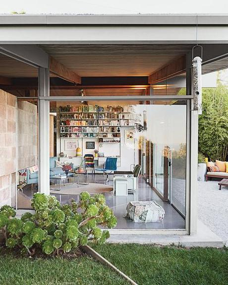 Modern renovation of a midcentury house in los angeles for Home renovation los angeles