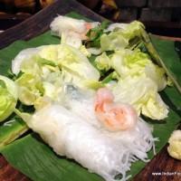 prawn & lettuce rolls