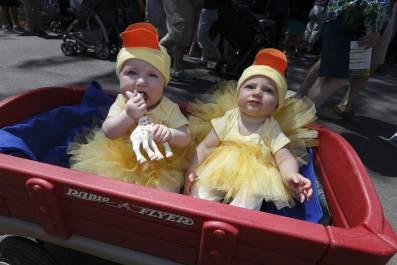 Thousands Flock to the Friends 2014 Duckling Day Event