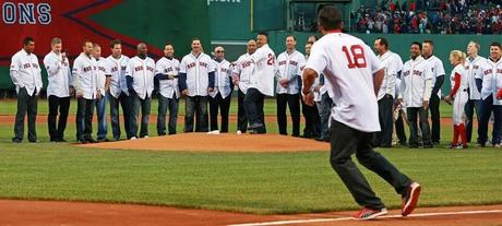 '14 Sox Keep Winning As the '04 Champs Are Honored