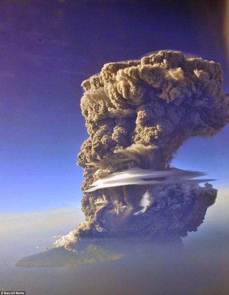Major eruption in southern hemisphere at Sangeang Api