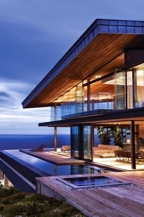 What I Absolutely MUST Have Today, Beautoful Outdoor Space, a $30 Million Home, and More!