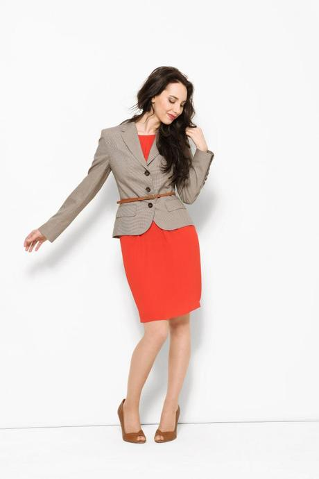 Sophisticated skirt and suit outfit