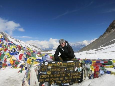 hiking himalayas